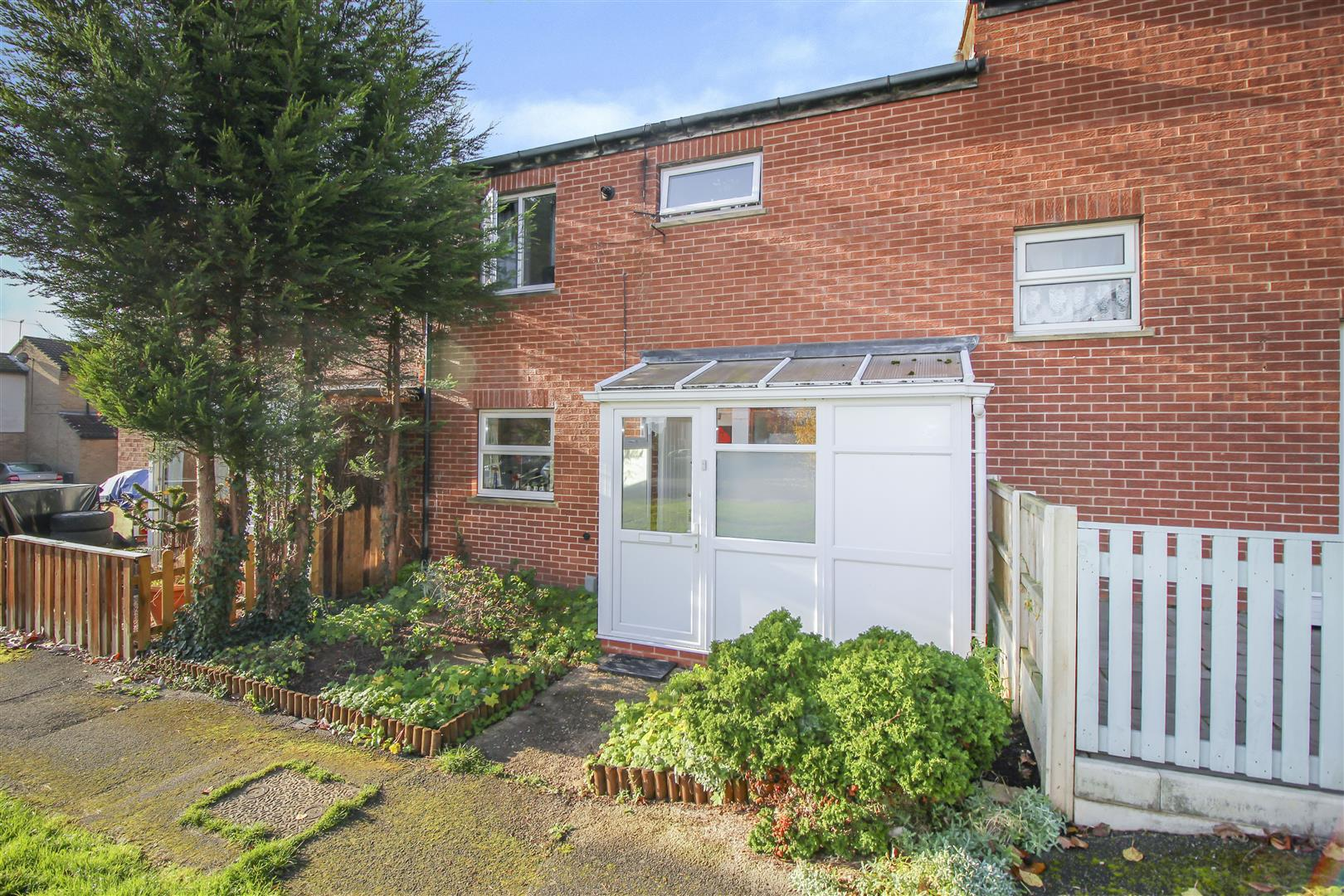3 Bedrooms Terraced House for sale in Bourne Close, Bramcote